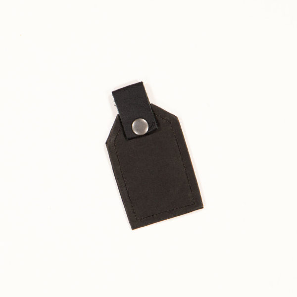 Wren Black LuggageTag1 web