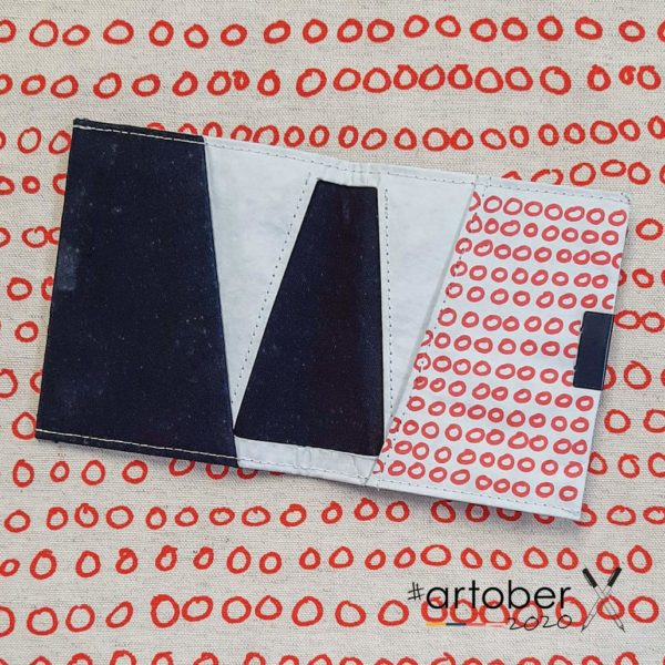 WrenArtober2020 Heather Moore White Square Wallet 2
