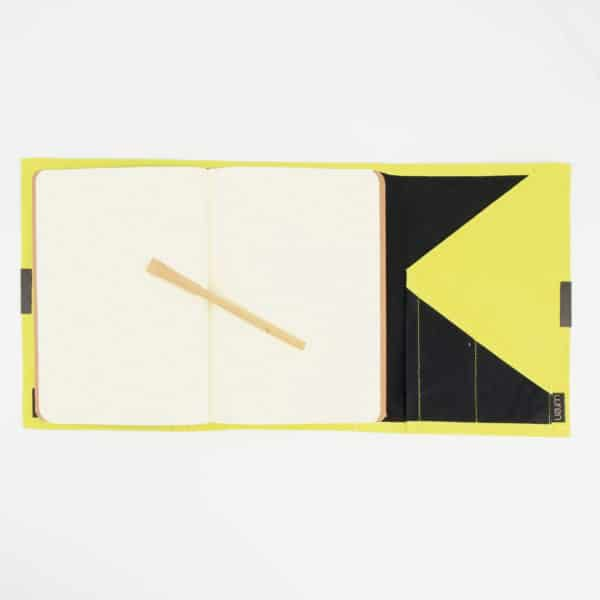 Wren Notebook Lemon Open