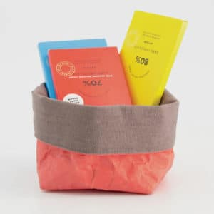 Wren Persimmon paper tub small styled 2 LR