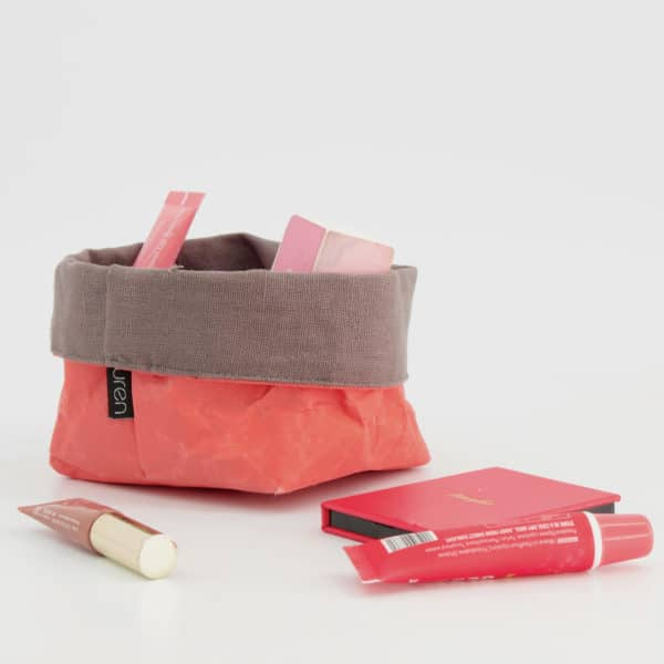 Wren Persimmon paper tub small styled LR